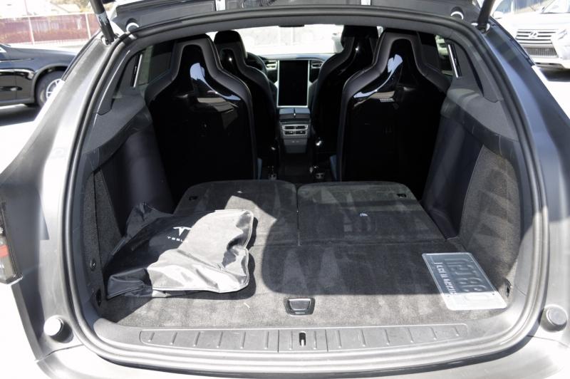 Tesla Model X 2016 price $62,880