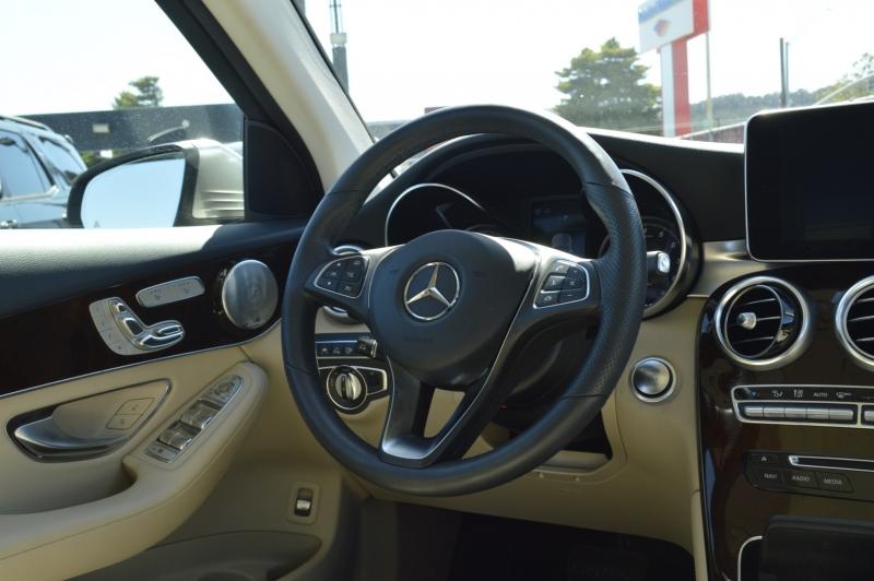 Mercedes-Benz GLC 2019 price $39,990