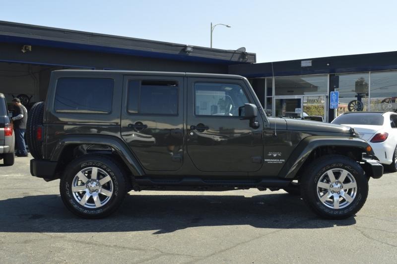 Jeep Wrangler Unlimited 2016 price $33,880