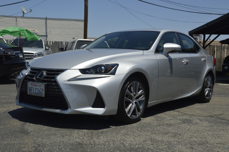 Lexus IS 2018 price $28,880