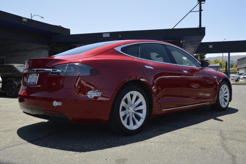 Tesla Model S 2016 price $42,880