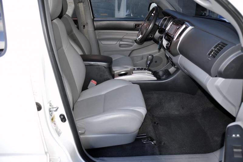 Toyota Tacoma 2014 price $29,990