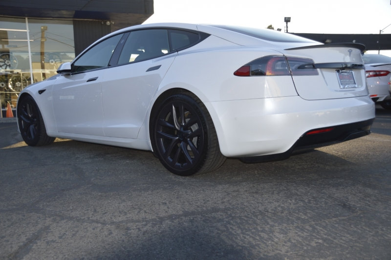 Tesla Model S 2021 price $159,880