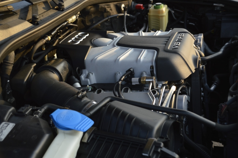 Audi Q7 2015 price $29,990