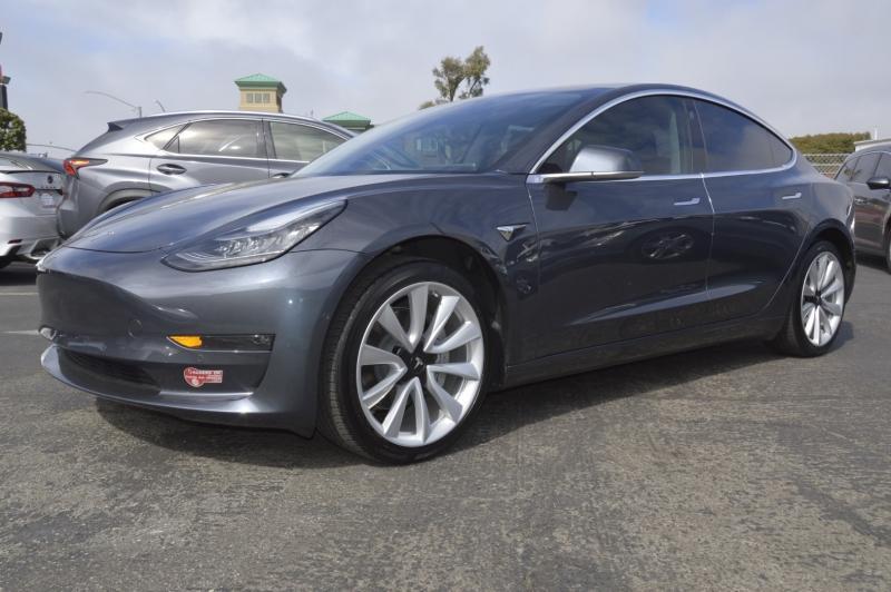 Tesla Model 3 2017 price $43,880