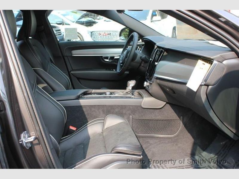 Volvo S90 2021 price $62,235