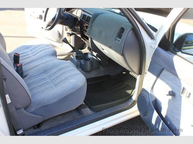 Toyota Tacoma 1999 price $8,977