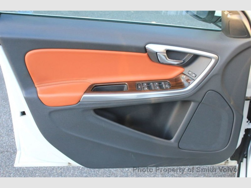 Volvo S60 2015 price Call for Pricing.
