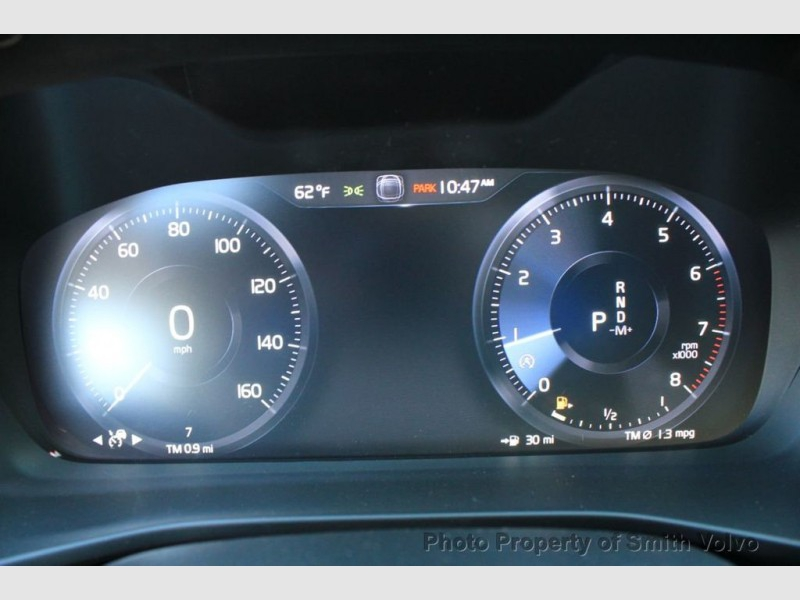 Volvo XC40 2021 price $43,135