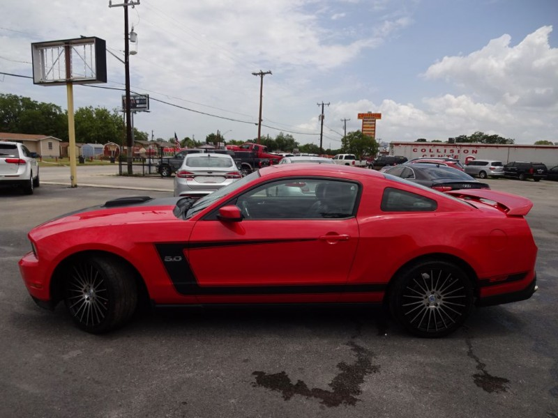 FORD MUSTANG 2012 price $14,995
