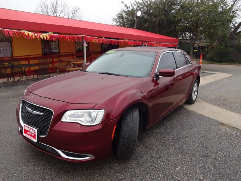 CHRYSLER 300 2015 price $1,200 Down