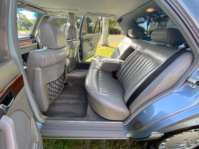 Mercedes-Benz 420 Series 1986 price $11,991
