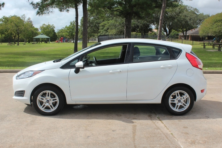 Ford Fiesta 2018 price $8,700