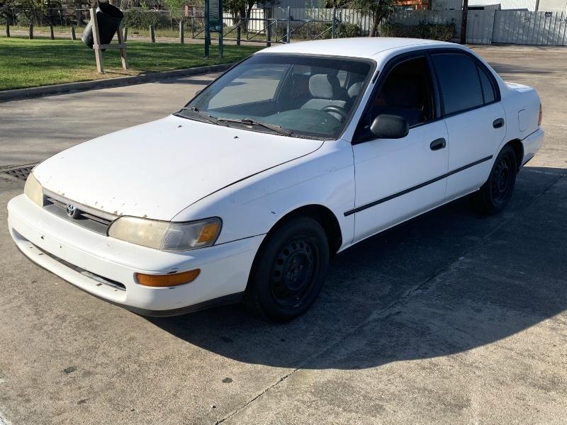 Toyota Corolla 1995 price $1,000