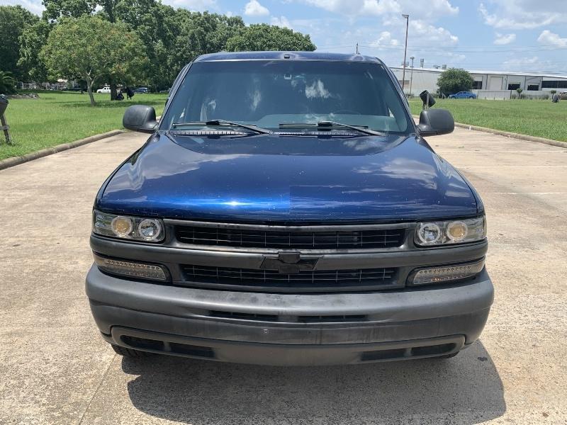 Chevrolet Suburban 2002 price $4,500
