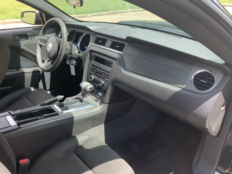 Ford Mustang 2011 price $6,800