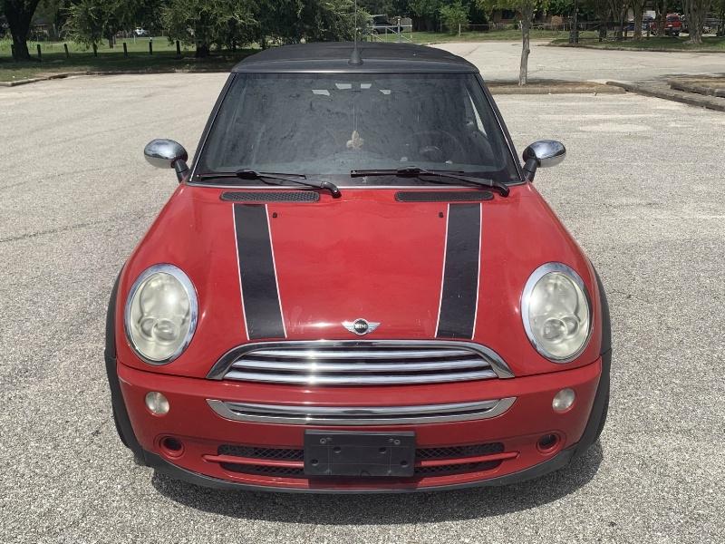Mini Cooper Convertible 2008 price $4,100