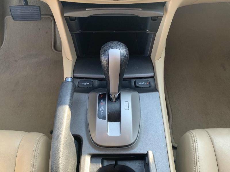 Honda Accord Sdn 2012 price $8,900