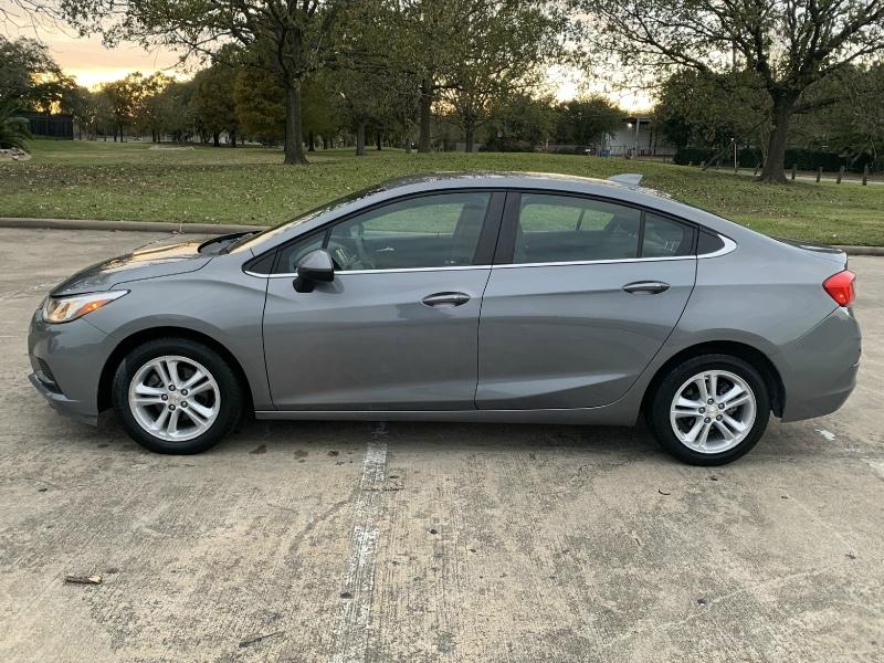 Chevrolet Cruze 2018 price $11,500