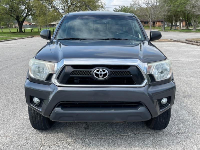 Toyota Tacoma 2013 price $4,500