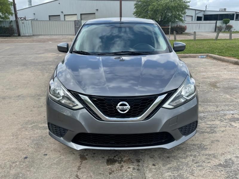 Nissan Sentra 2017 price $8,500