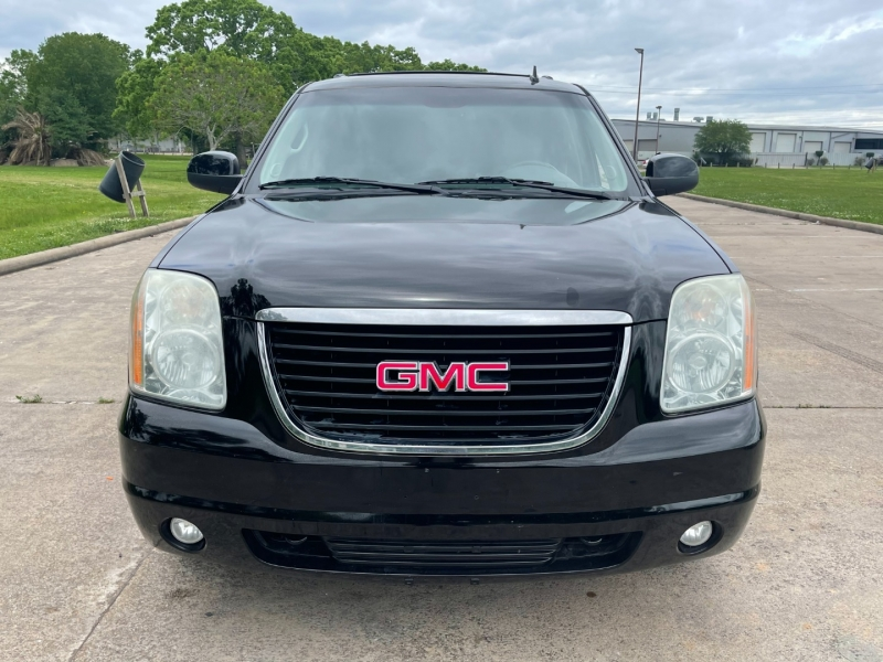 GMC Yukon 2012 price $11,500