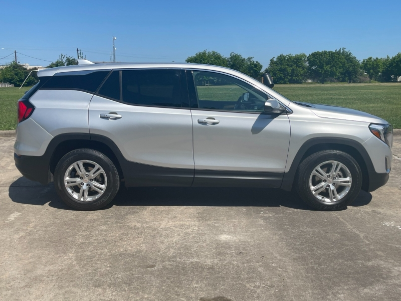 GMC Terrain 2018 price $18,000