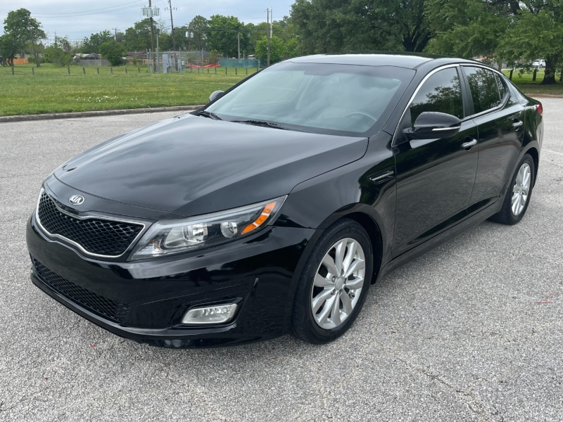 Kia Optima 2015 price $10,500