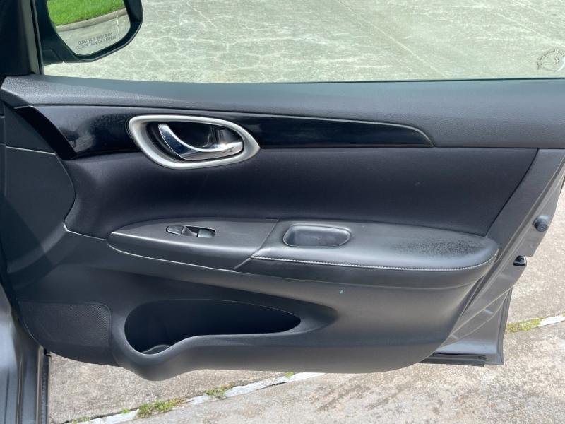 Nissan Sentra 2017 price $9,200