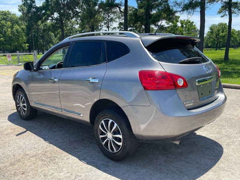 Nissan Rogue Select 2015 price $8,500