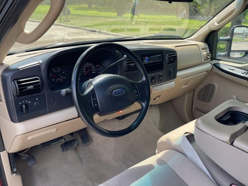 Ford Super Duty F-250 2005 price $10,900