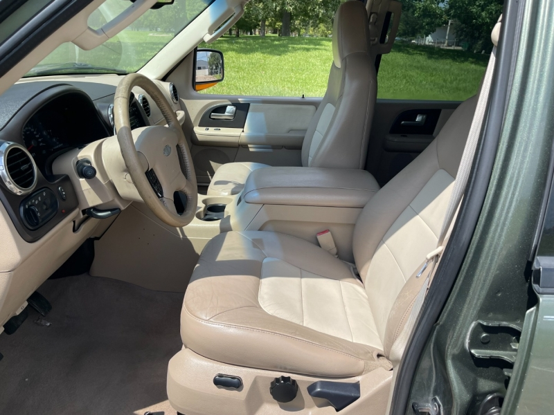 Ford Expedition 2004 price $4,500