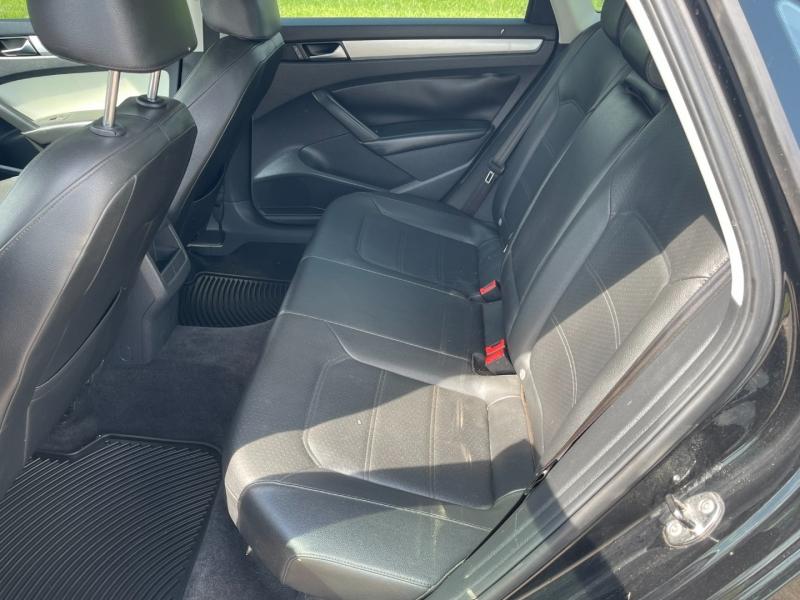 Volkswagen Passat 2012 price $4,900