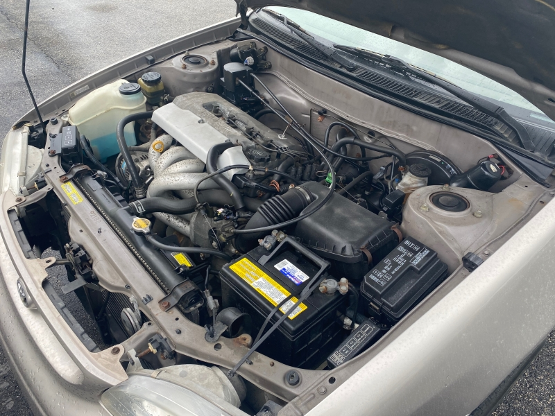 Toyota Corolla 1999 price $3,995