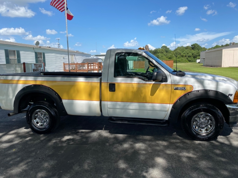 Ford Super Duty F-350 SRW 2001 price $5,595