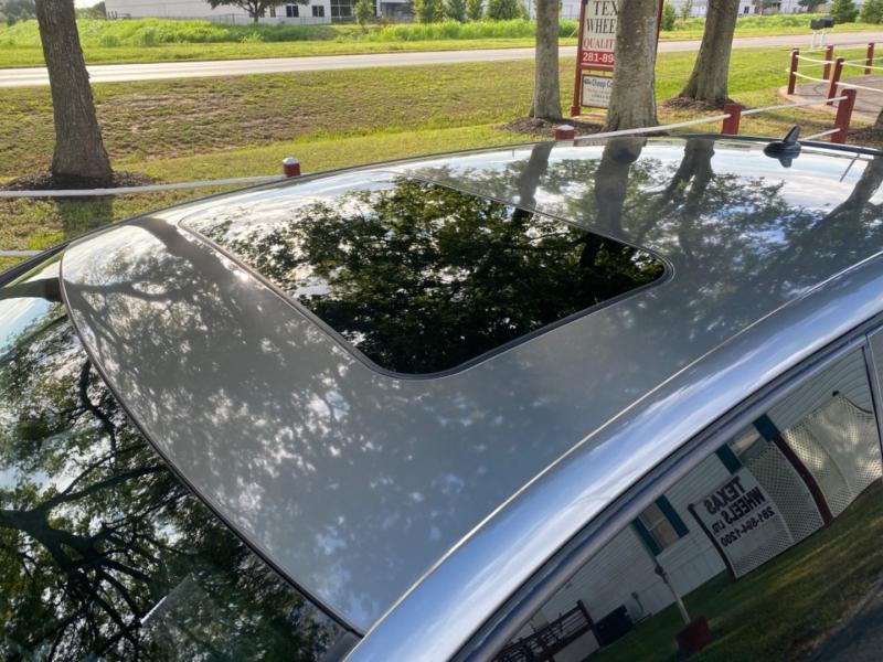 Volkswagen GTI 2009 price $3,995