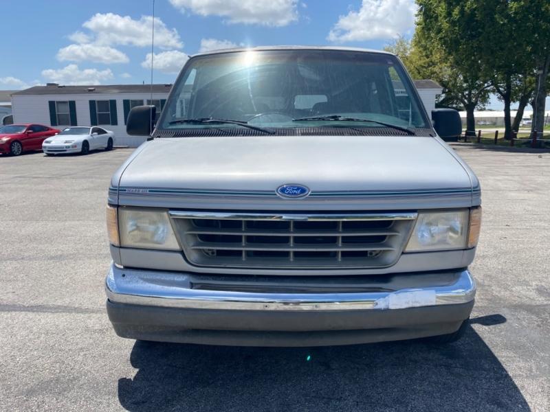 Ford Econoline Cargo Van 1992 price $1,995