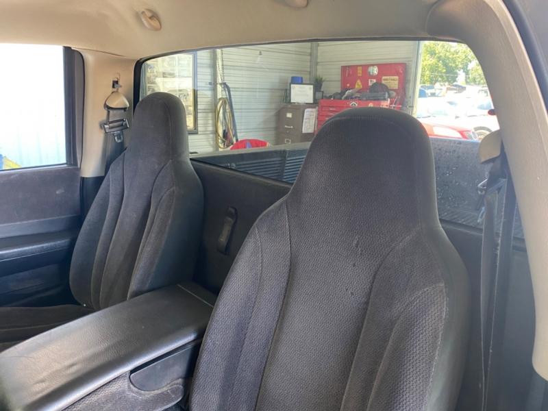 Dodge Dakota 2002 price $3,995