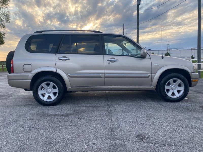 Suzuki XL 7 2003 price $3,995