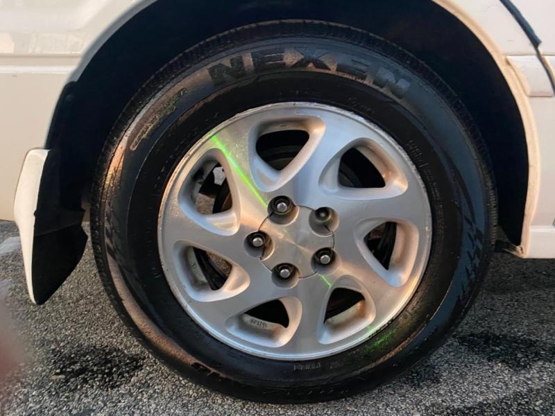 Toyota Camry 2000 price $3,600