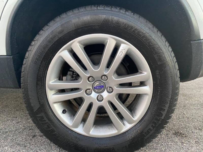 Volvo XC 90 2011 price $4,995
