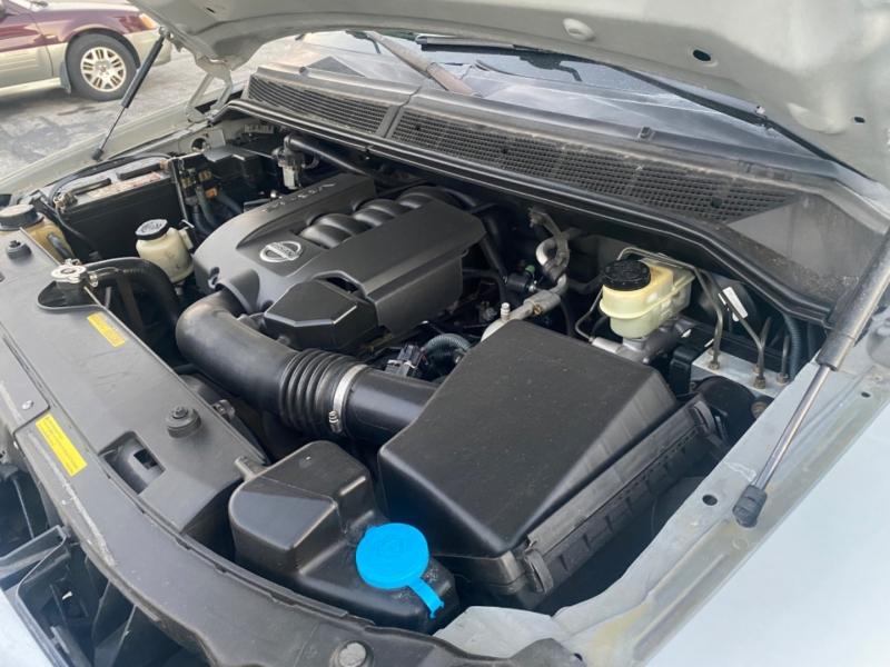 Nissan Titan 2005 price $4,995