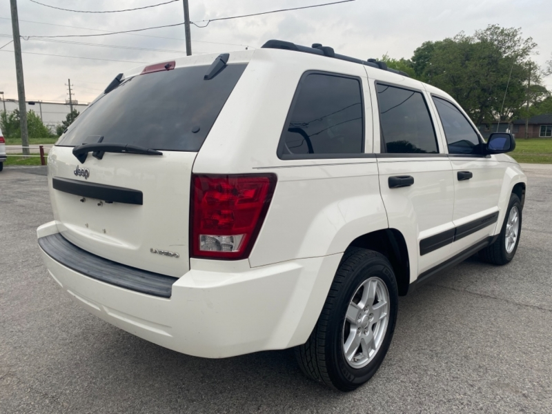 Jeep Grand Cherokee 2005 price $7,995