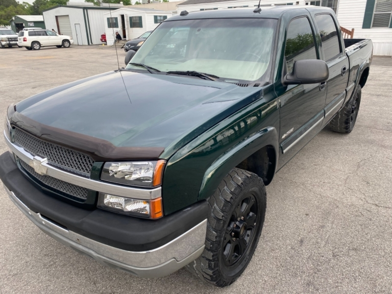 Chevrolet Silverado 2500HD 2004 price $8,995