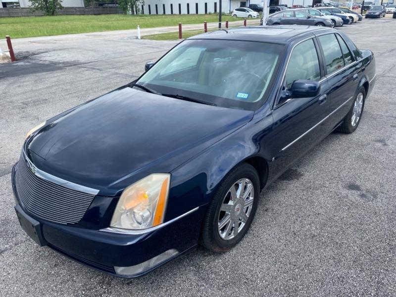 Cadillac DTS 2007 price $4,995
