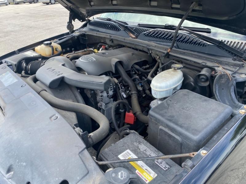 GMC Yukon 2003 price $7,595