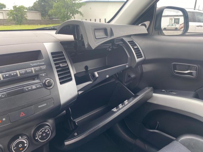 Mitsubishi Outlander 2009 price $7,500