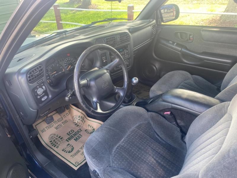 Chevrolet S-10 2002 price $7,995