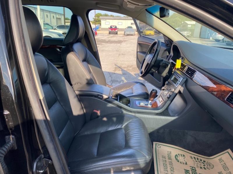 Volvo XC 70 2008 price $6,500