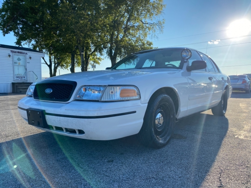 Ford Crown Victoria 1999 price $3,500
